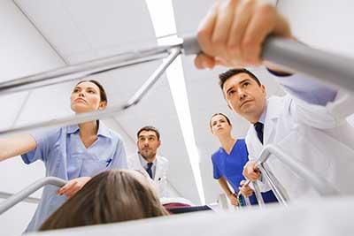 curso auxiliar de enfermeria en urgencias