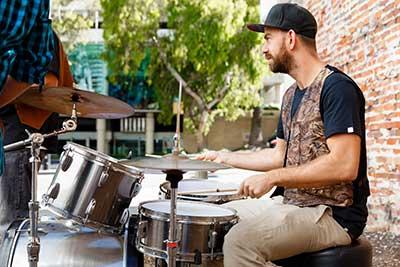 curso de aprender a tocar bateria gratis cursos online