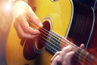 curso de guitarra acustica gratis cursos online