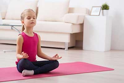 curso de monitor de yoga infantil gratis cursos online