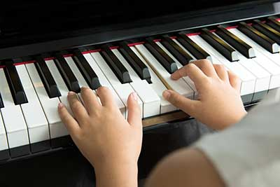 curso de piano por internet gratis cursos online