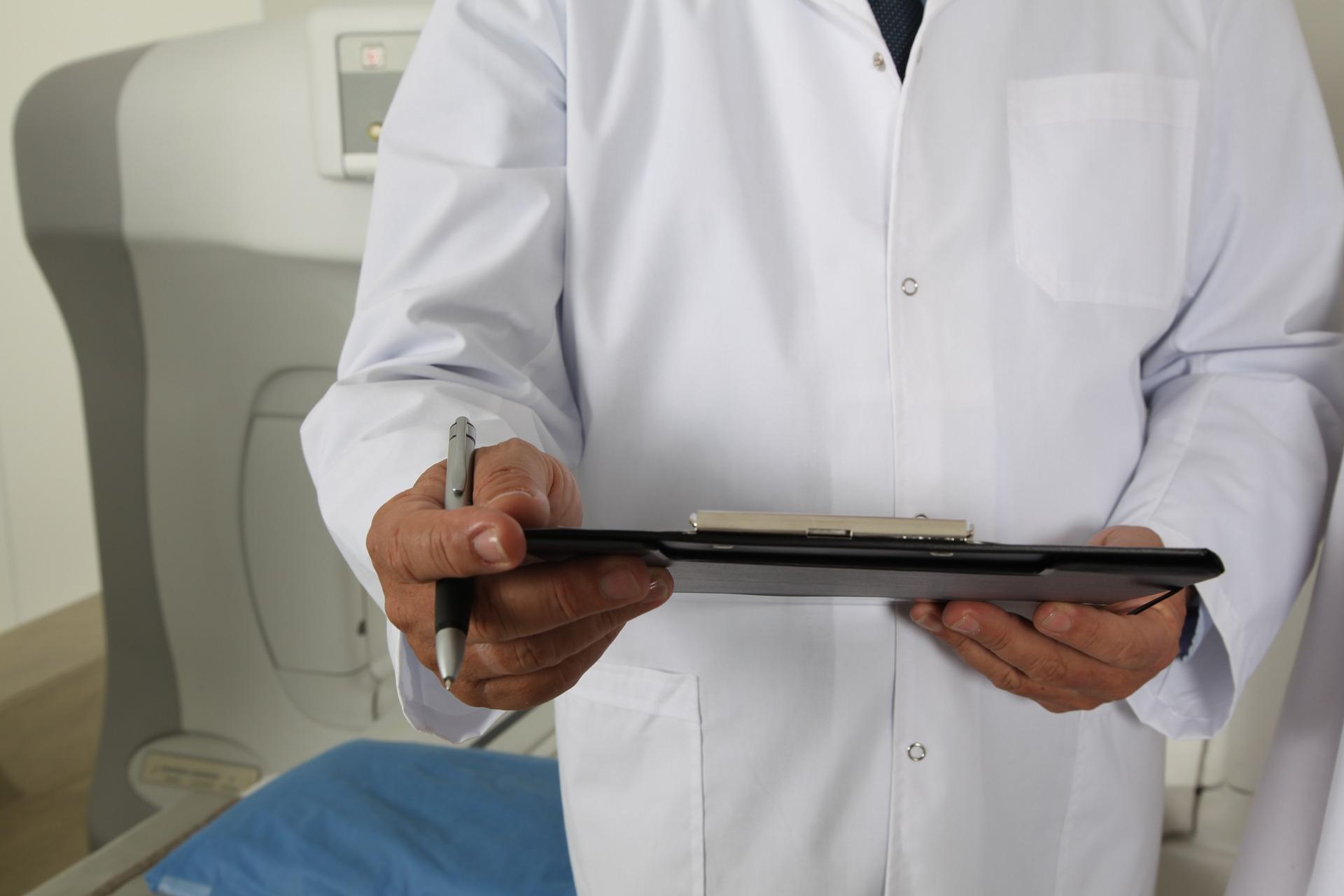 que programa existe para un sistema de gestion de clinicas