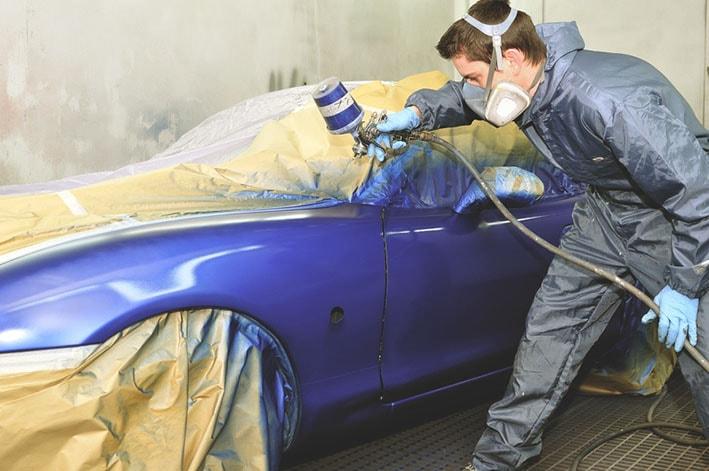 Chapa y pintura automotriz