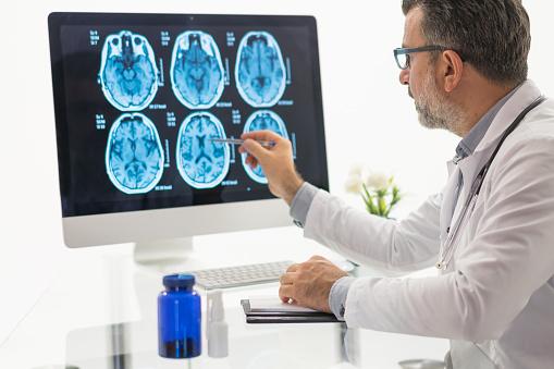 curso de neurologia