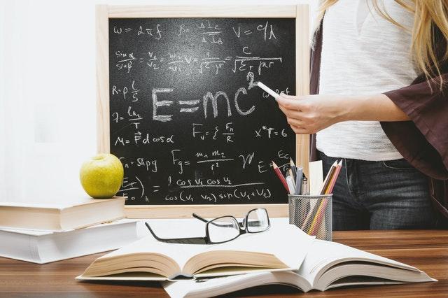 que estudia la fisica
